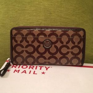 Coach full zip wallet
